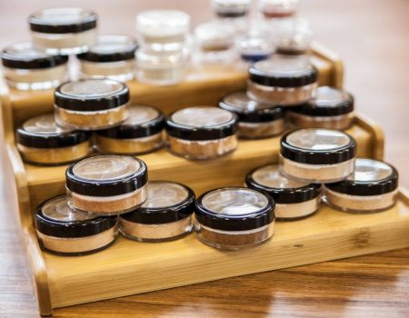 Why mineral makeup fits your lifestyle